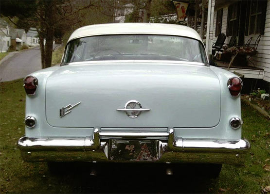 1955-Oldsmobile-Rocket-88-17546456