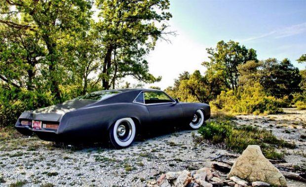 1966-Buick-Riviera-GS-Lowrider-1456