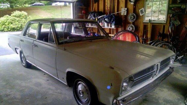 1967-Plymouth-Valiant-244535