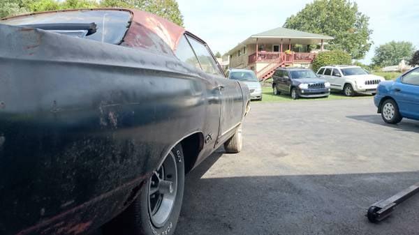 1969-Plymouth-GTX-44017878465
