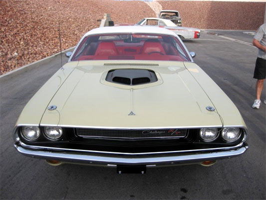 1970-Dodge-Challenger-RT-12383