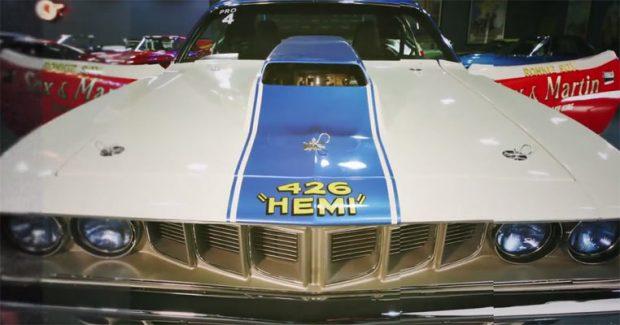 1971-Plymouth-Hemi-Cuda-25