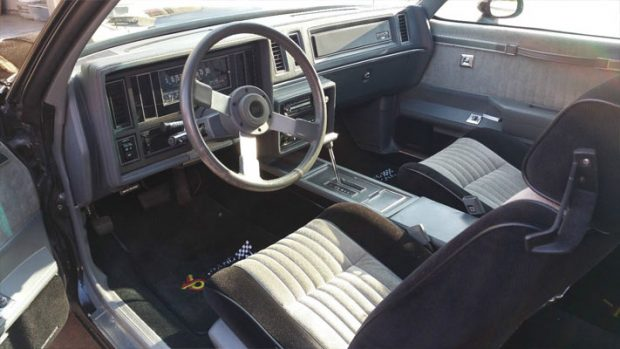 1987-Buick-Grand-National-14566435