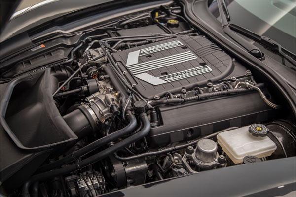 2015-Chevrolet-Corvette-Z06-13545