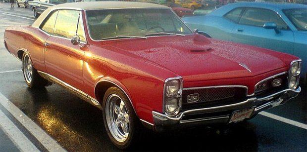 1967-Pontiac-GTO-657t