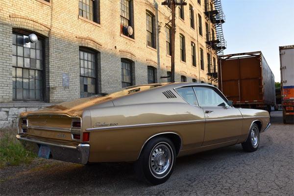 1968-Ford-Fairlane-500-2546545