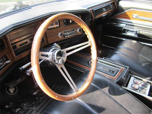 1972-Buick-Riviera-145646