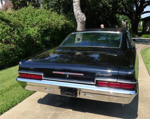 1966-Chevrolet-Impala-2546456345