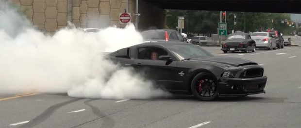 Epic Burnout By Mustang Shelby Gt500 Super Snake Muscle Car