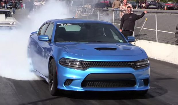 charger-hellcat-65y2