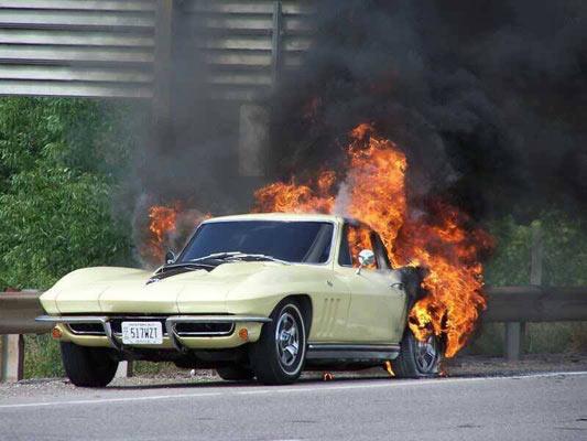 corvetteonfire-2345