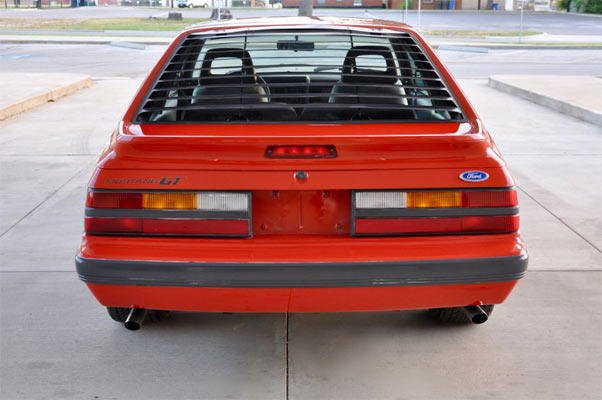 1986-ford-mustang-gt-2342