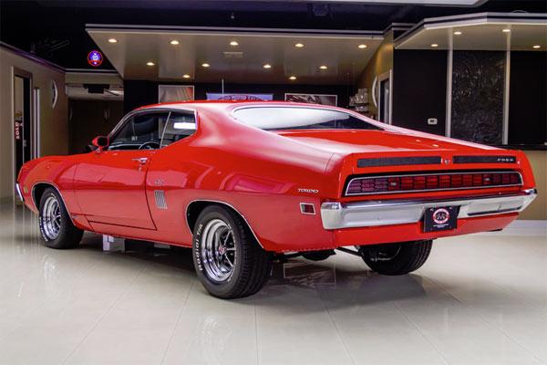 1970-Ford-Torino-GT45