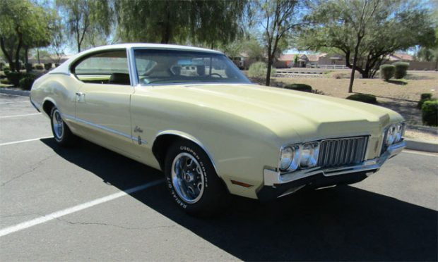 1970-Oldsmobile-Cutlass-S