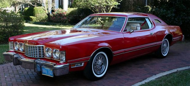 1976-Ford-Thunderbird
