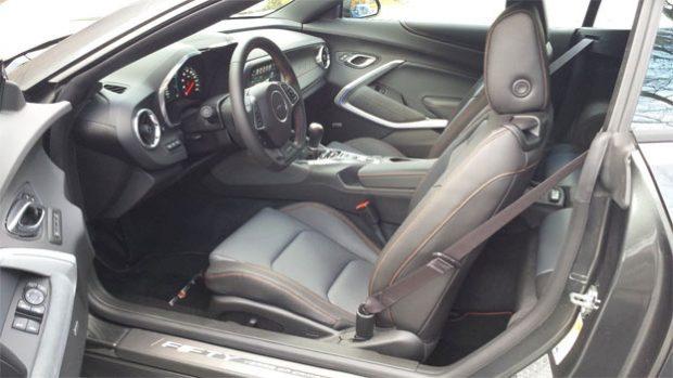 2017-Chevrolet-Camaro3