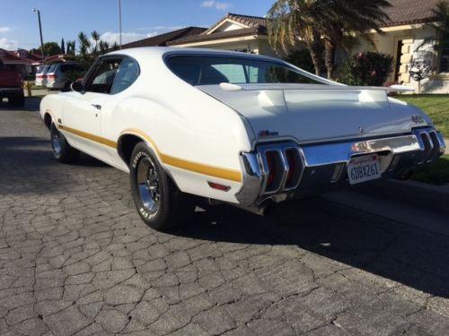 1970-Oldsmobile-442-