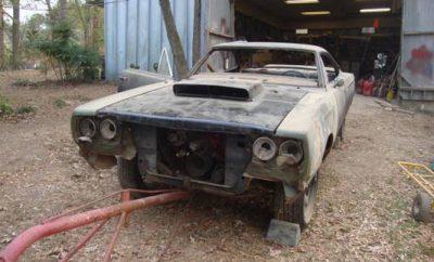 1969-Plymouth-Roadrunner-245
