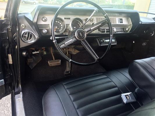 1967-Oldsmobile-Cutlass-