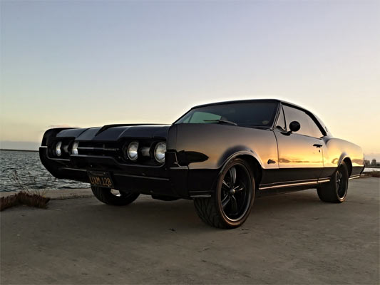 1967-Oldsmobile-Cutlass-