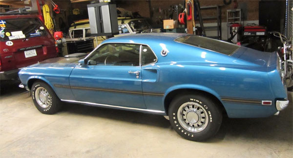 1969-Ford-Mustang-Mach-1