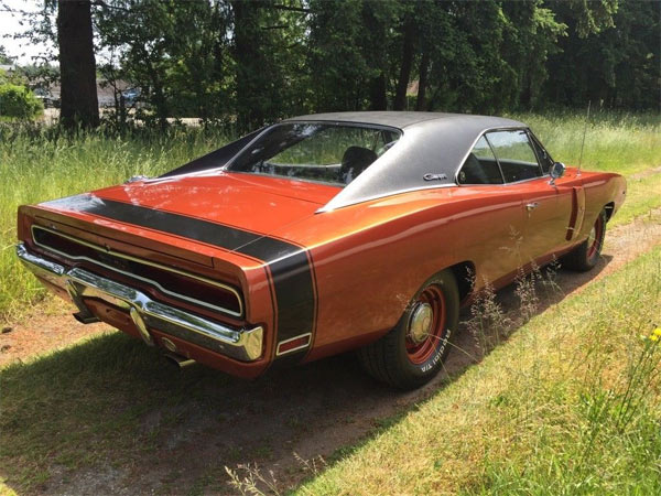Dodge-Charger-