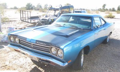 Plymouth-Road-Runner-