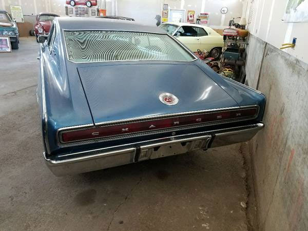 1967 Dodge Charger 383 Project - Muscle Car