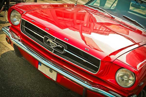 shining-muscle-car-