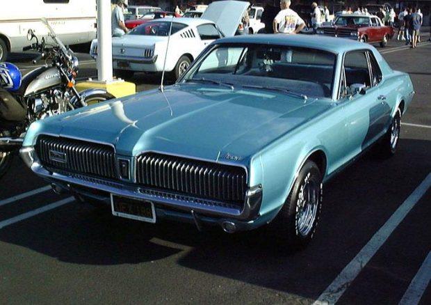 1967 Mercury_Cougar