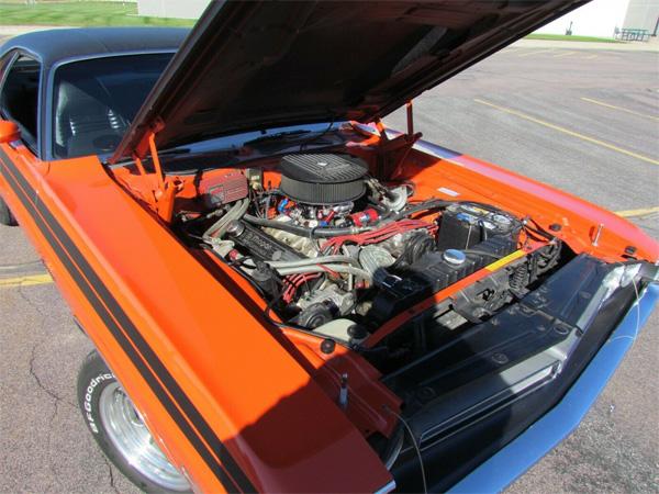 1971-Dodge-Challenger-2