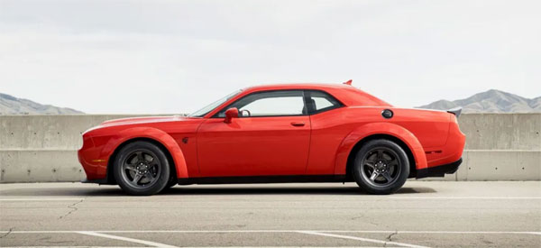 2020-Dodge-Challenger-Superstock Image