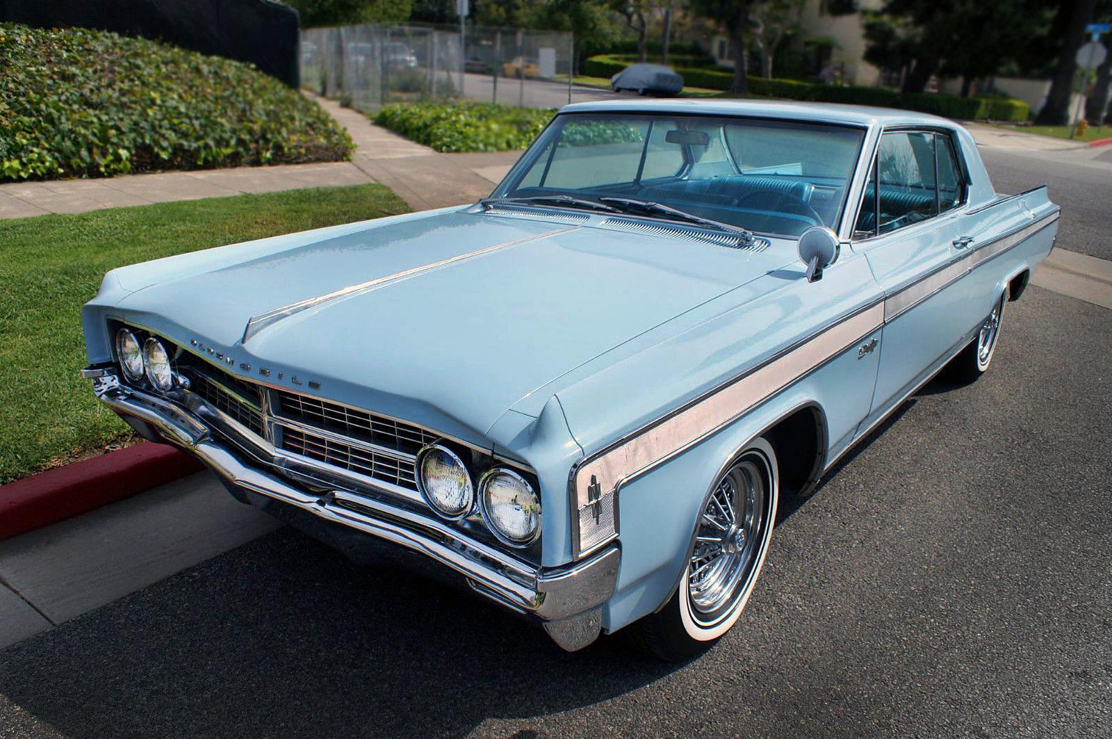 1963OldsmobileStarfire11