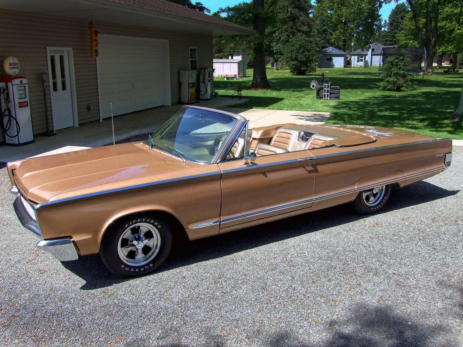 1966ChryslerNewport3