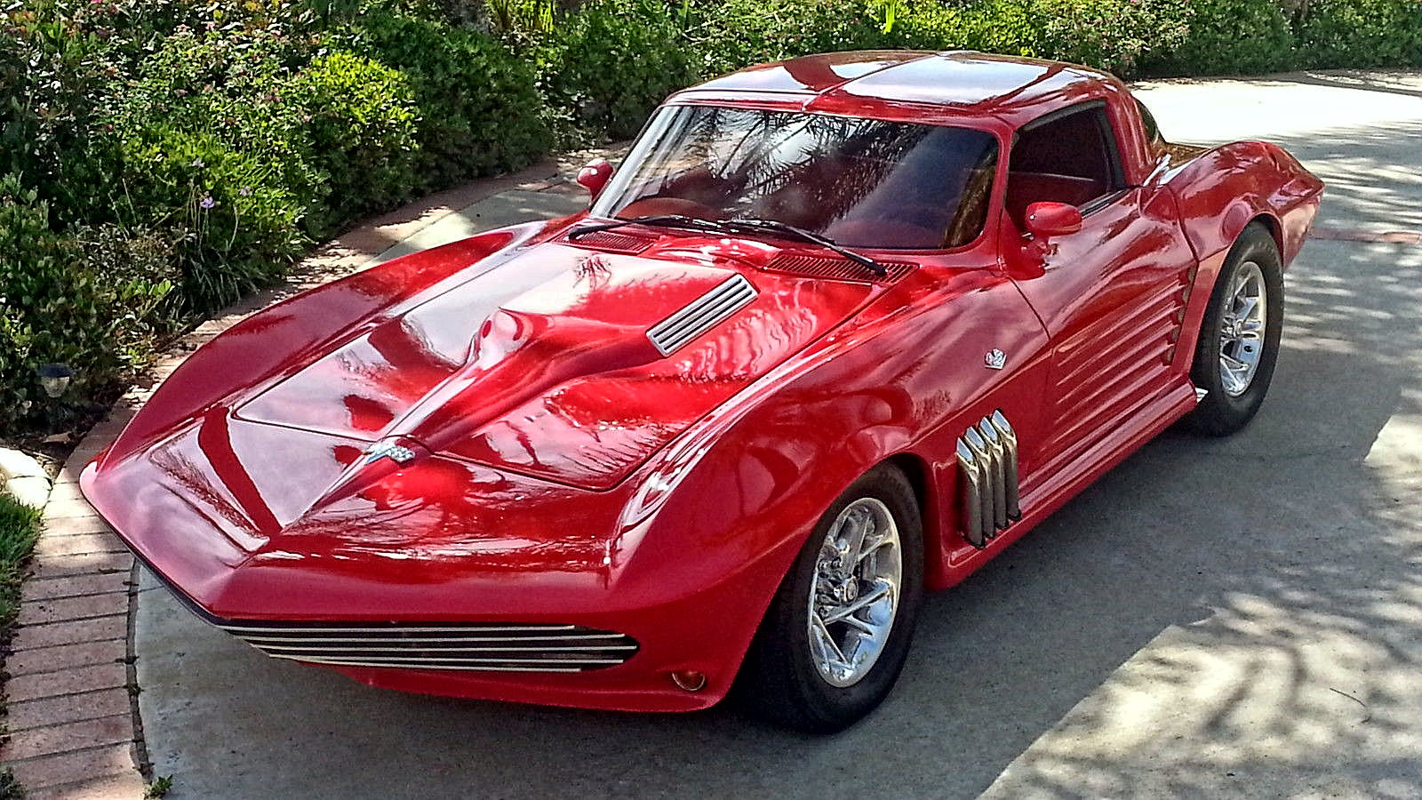 1963 Chevrolet Corvette StingRay Split Window and Targa sunroof1