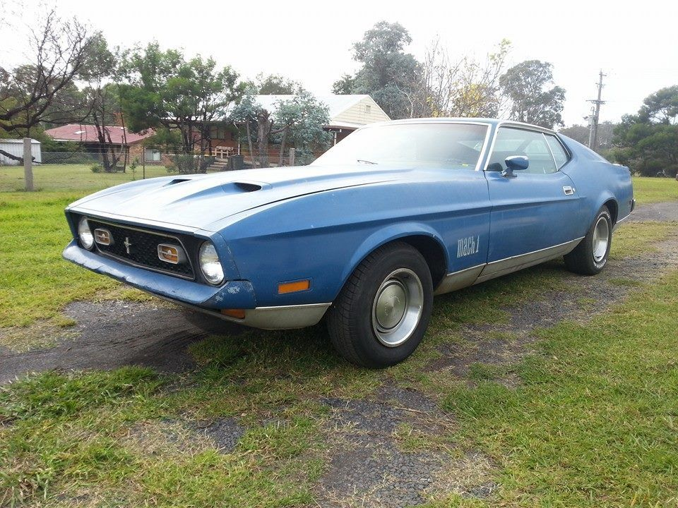 Ford Mustang Mach 12