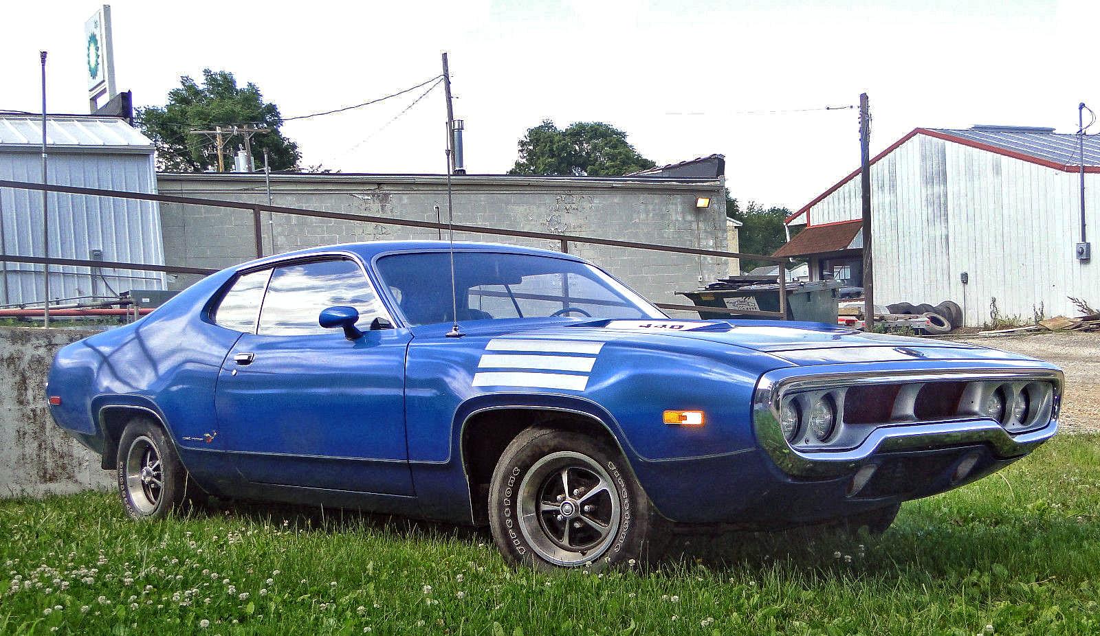 1972 Plymouth Roadrunner-1345435