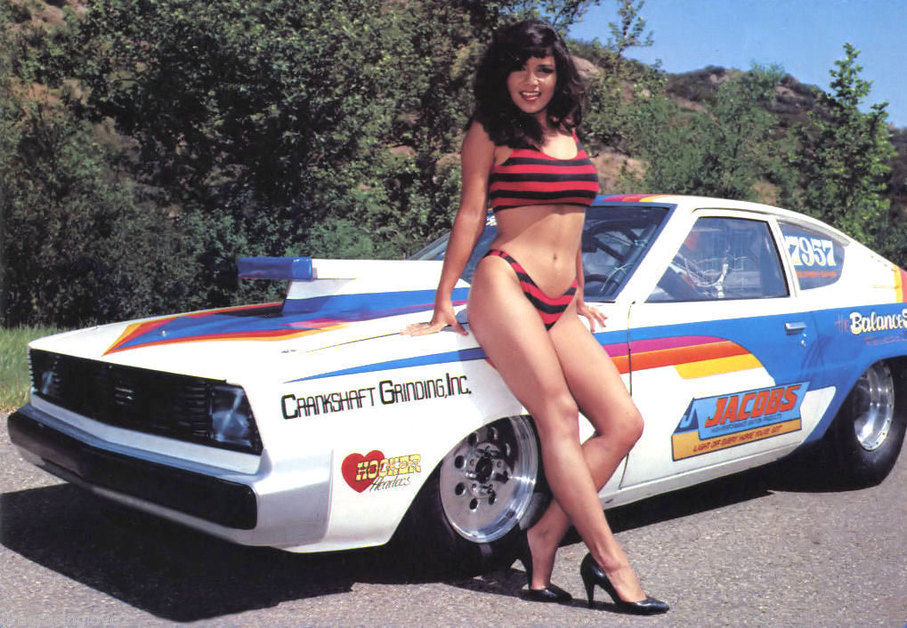 Bikini Car Babe1