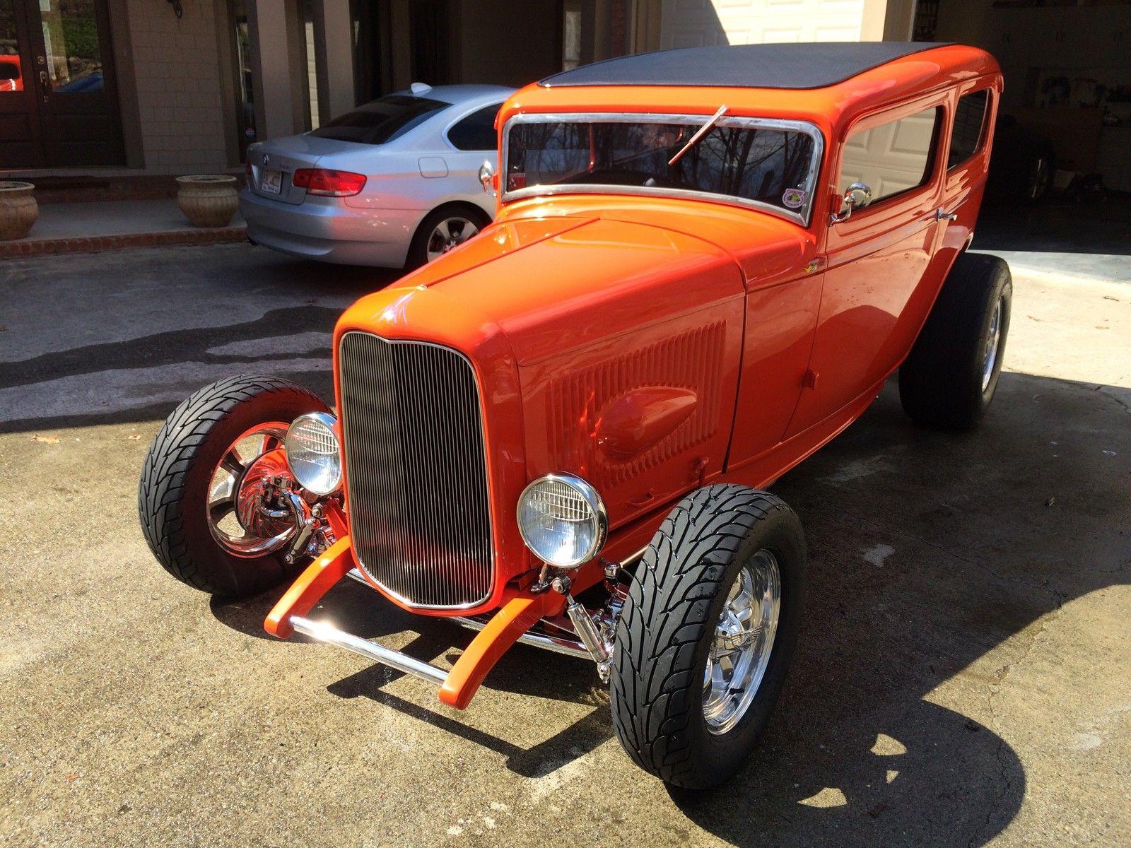 1932 Ford Tudor2