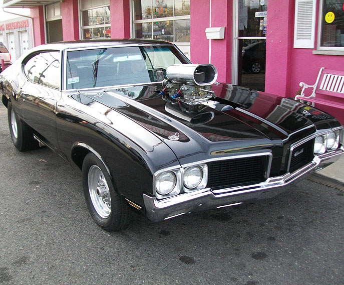 1970-Oldsmobile-Cutlass-SuperCharged-12
