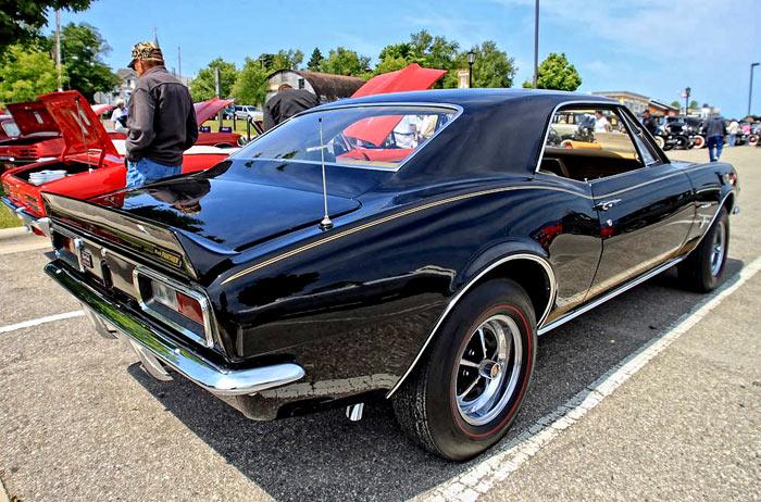 the-Black-Panther-Camaro-123