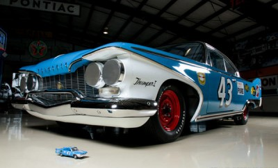1960 Plymouth Fury NASCAR RICHARD PETTY - Muscle Car