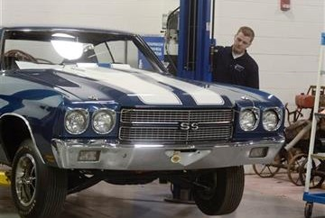 A new Breed Of Vehicle Restoration Students12