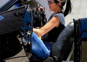 Kendall-Jenner-camaro12