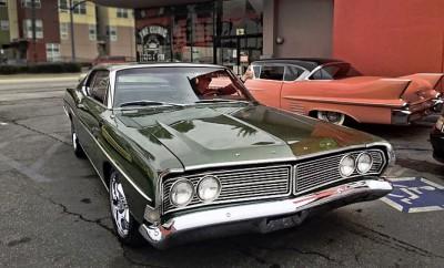 1968-Ford-Galaxie-by-Aaron-McRunin-11